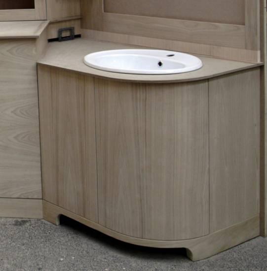 Mobile bagno elegante la scelta giusta variata sul - Arredo bagno classico elegante prezzi ...