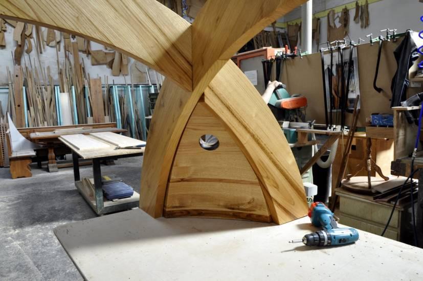 Libreria cupola su misura legno design esclusivo fabbrica di bagni oggetti di design su misura a - Oggetti design legno ...