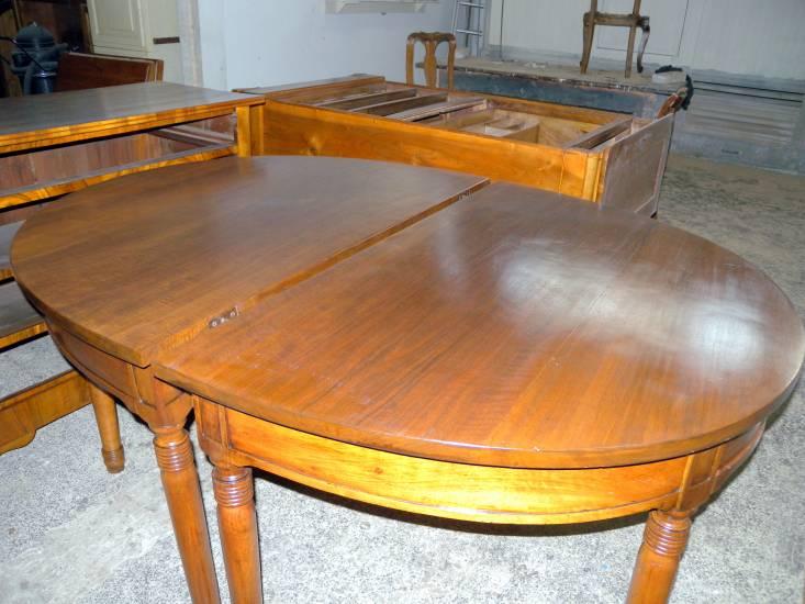Tavolo Ovale Antico : Restauro tavolo ovale antico in legno fabbrica di zona giorno su